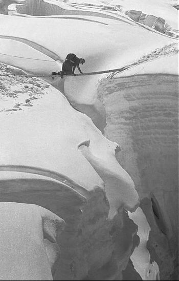 Crossing crevasse 53