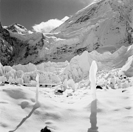 Ice Pinnacles Khumbu glacier