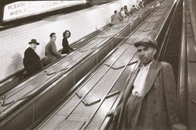 KUBRICK man in subway