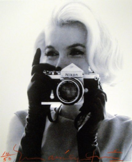 Marilyn shooting Bert %22The Last Sitting%22