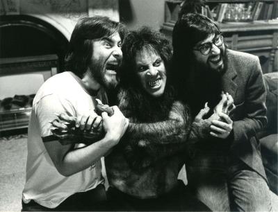 Rick Baker (l), David Naughton (c), John Landis (r)