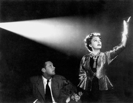 William-Holden-Gloria-Swanson-in-Sunset-Boulevard