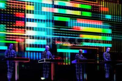 kraftwerk-perform-3d-headlining-act-at-sonar-by-night-in-barcelona_2155365