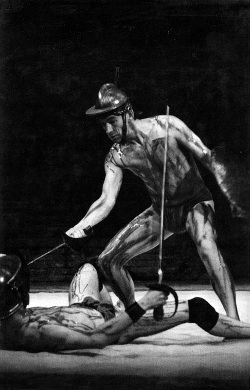 McKellen Coriolanus fight