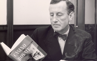 Bond ian_fleming