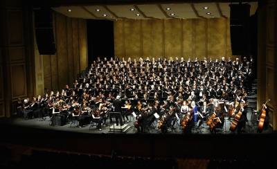 BEETHOVEN CHORALE ONSTAGE AT ROYCE HALL cropped 3