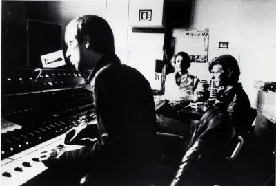 "Brian Eno, Robert Fripp, David Bowie recording ""Heroes"""